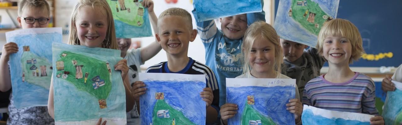 0. klasse på Kongeskærskolen bruger smagen til at lære geografi. Foto: Stagbird