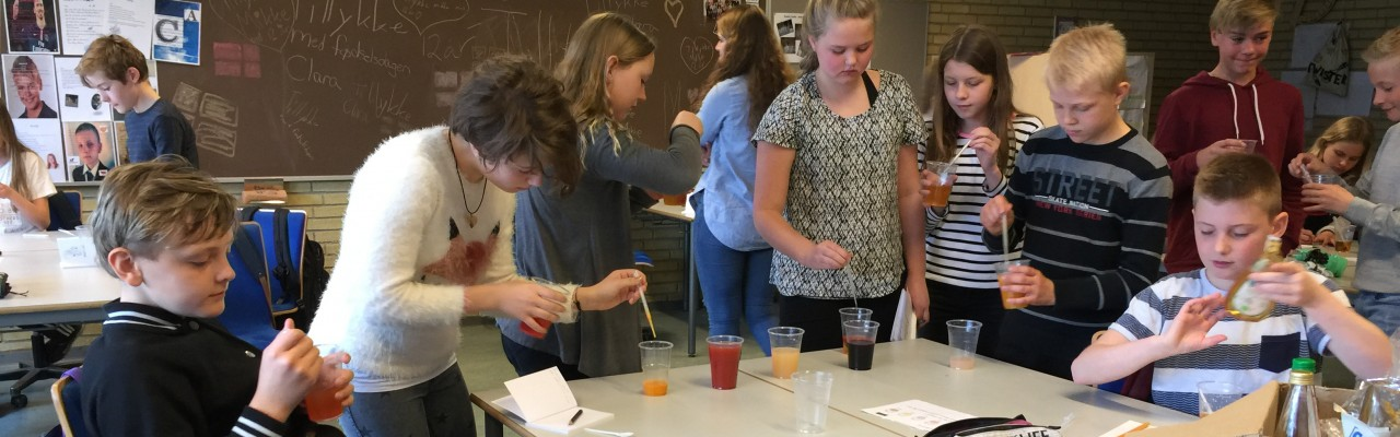 Smagskaravanen rykker ud på landets skoler under Forskningens Døgn. Foto: Smag for Livet.