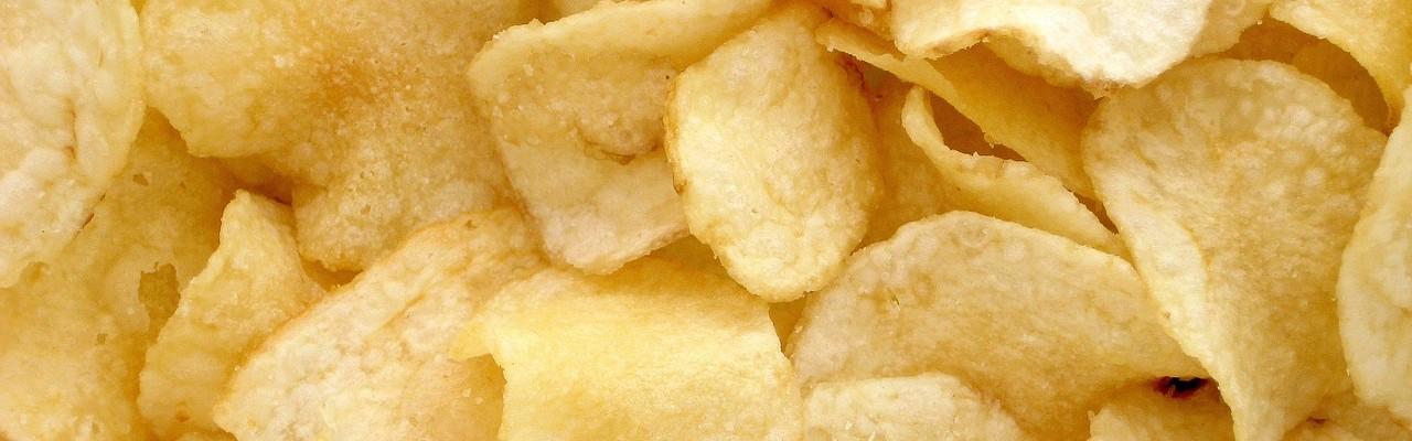 Chips kan det, som unge lægger vægt på: De kan deles. Foto: Pixabay