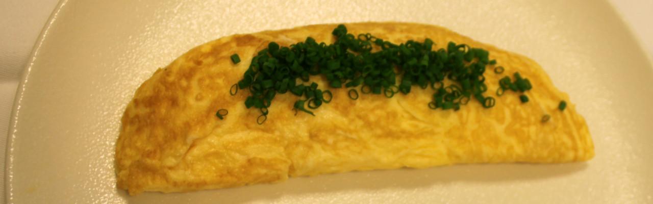 En klassisk fransk omelet er cigarformet. Foto: Simon Sørensen