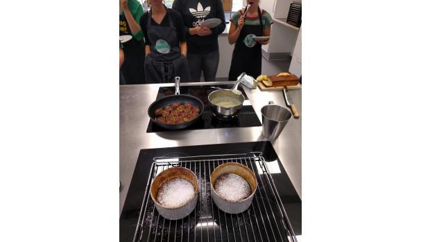 De færdige souffleer, hvor der er dannet damp indeni under bagningen. Foto: Majbritt Pless